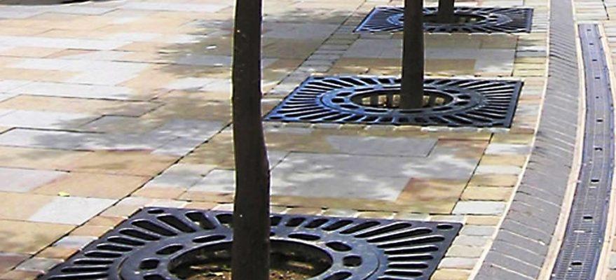 Tấm ghi bảo vệ gốc cây trong khu đô thị