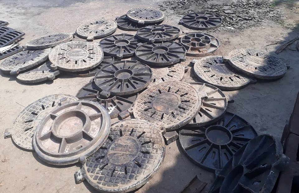 Những khái niệm cơ bản về song chắn rác và nắp hố ga